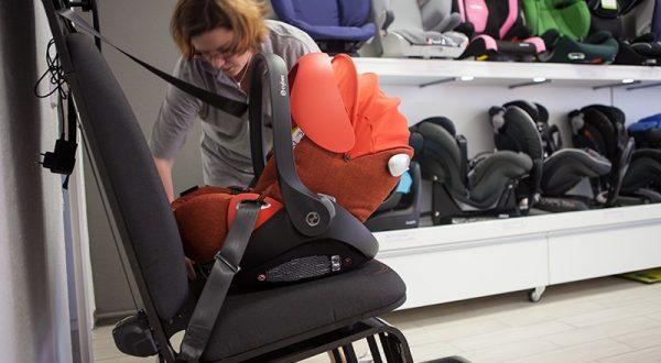 Babyschalen kaufen Berlin Probeeinbau