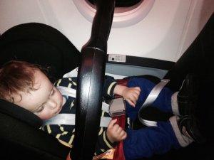 Sicher mit Kindern fliegen