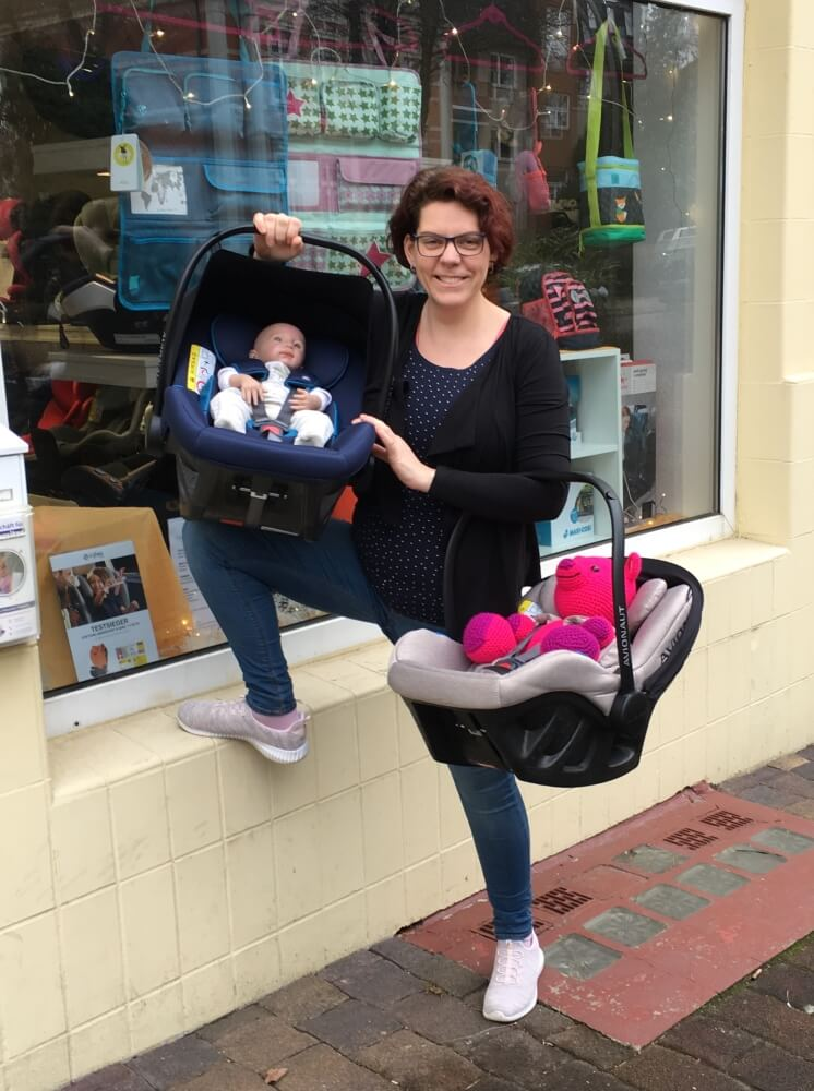 Wir verleihen Babyschalen vor und nach der Geburt
